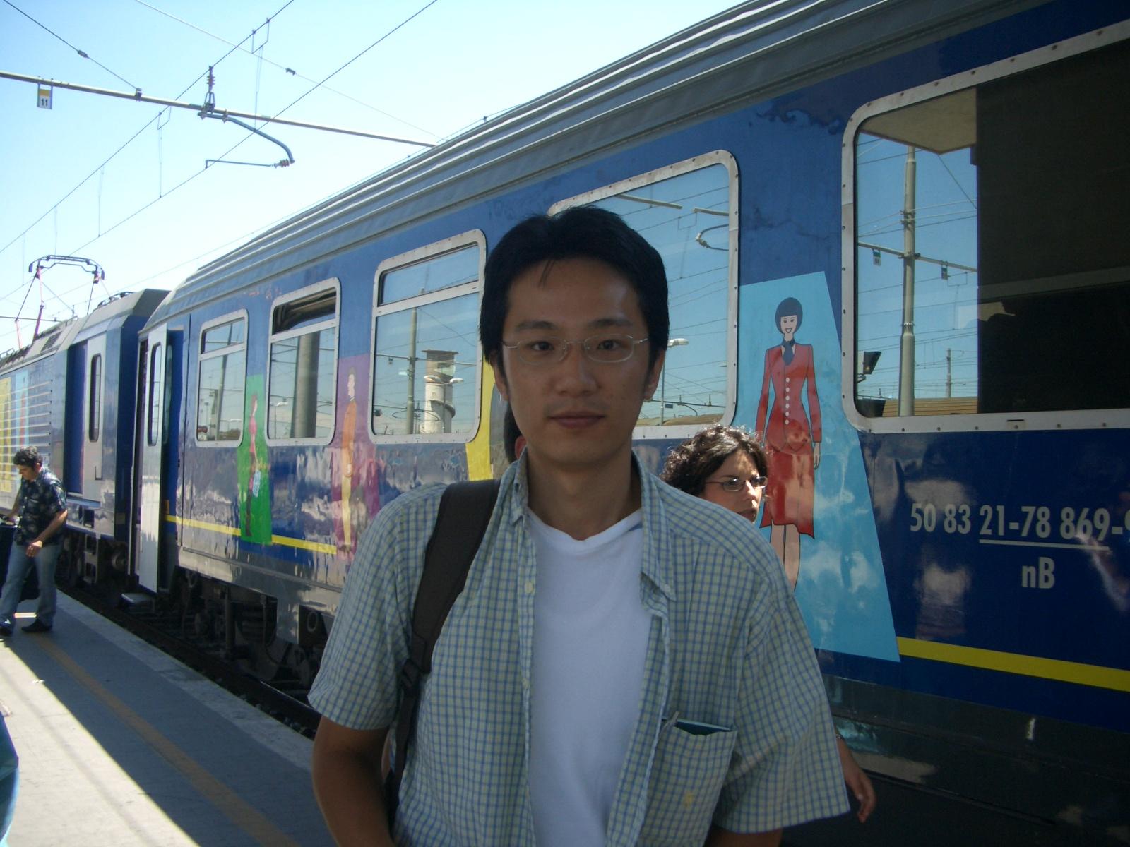 Wei-Tong Wang / 王偉同